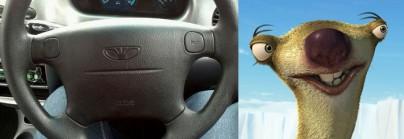 """Sid aus """"Ice Age"""" und ein Lenkrad"""